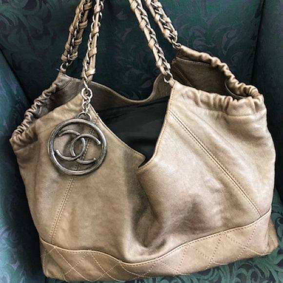 5a57f72e2cef CHANEL Handbags - Chanel Petit Coco Cabo's Tote